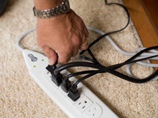 Saving electricity in home electronics