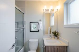 Small Bathroom Space Savers