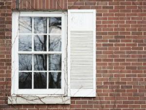 How to Fix a Stuck Window