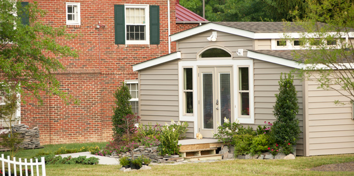 Granny pods in backyards keep elderly safe and near the for Med cottage