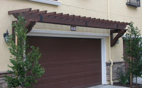 Fypon PVC Trellis System Over Garage Door