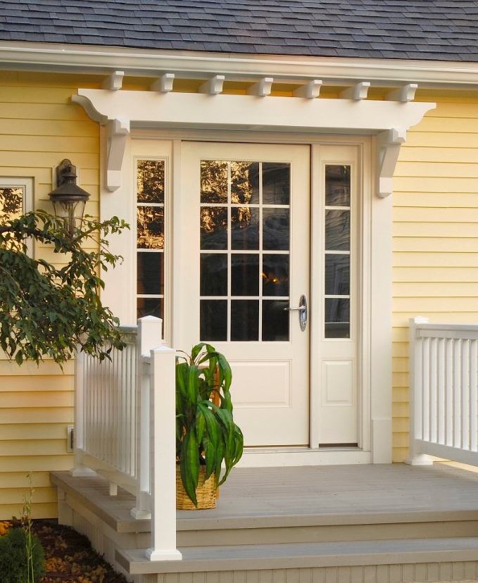 Fypon pvc trellis system adds architectural interest to for Back entry doors for houses