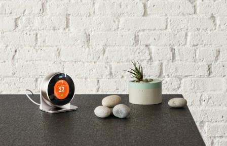 Nest Thermostat with stand