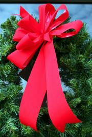 Tips for Holiday Door Decorations: Christmas and Seasonal