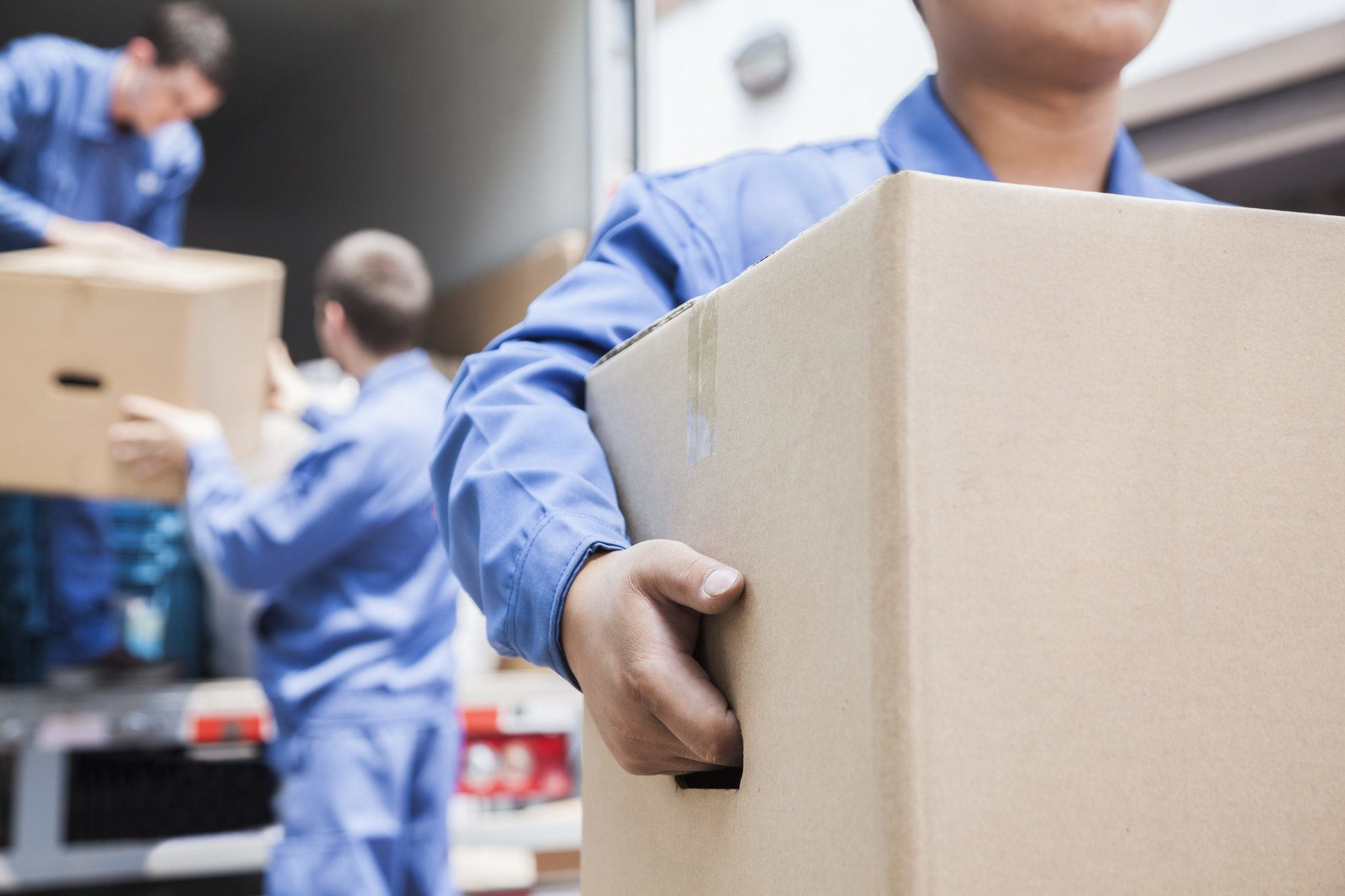 hire a moving company, hiring moving companies