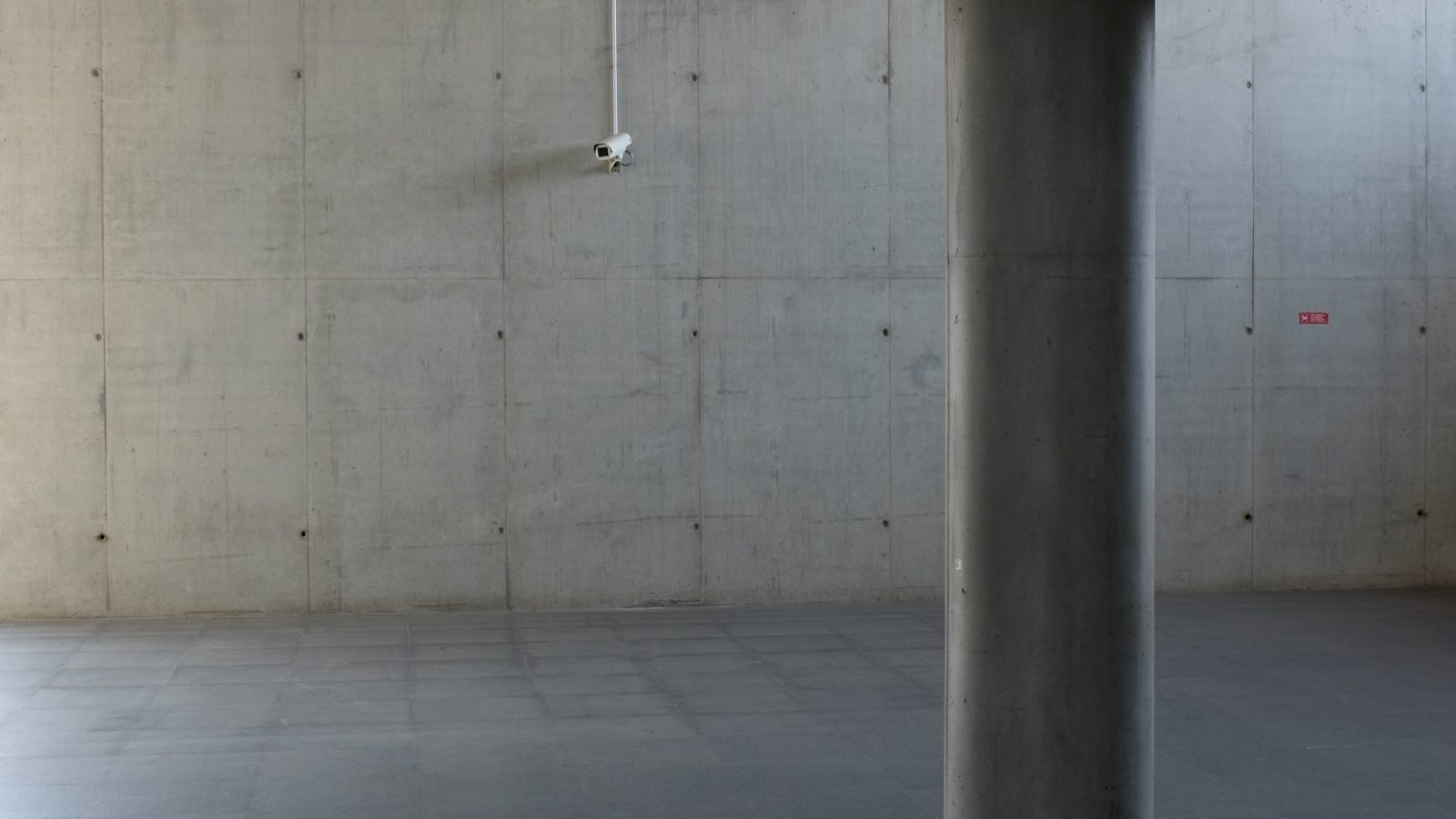 Unfinished basement floor