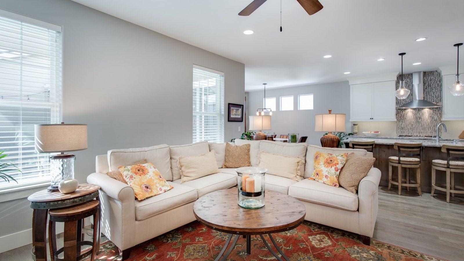 living room, lighting