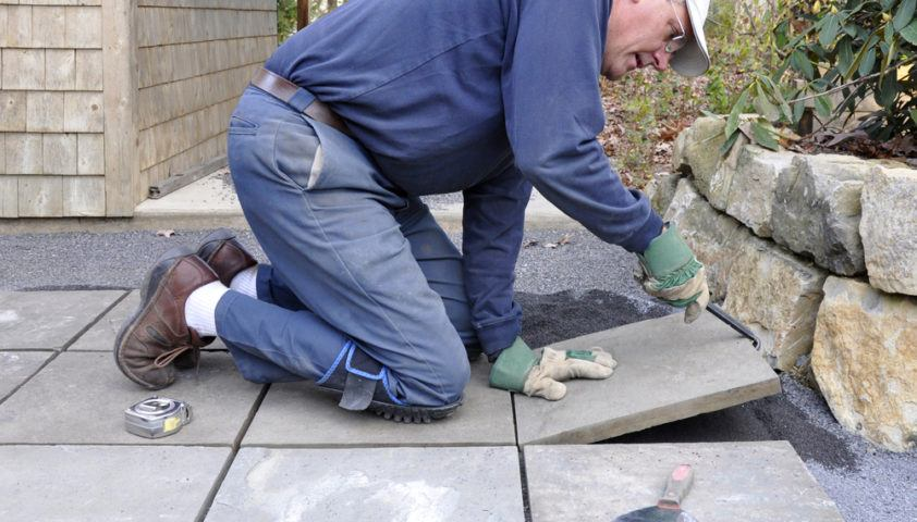 flagstone_stone_paver_patio_install_installing_installation_shutterstock_66277636