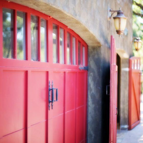 garage-door-553458