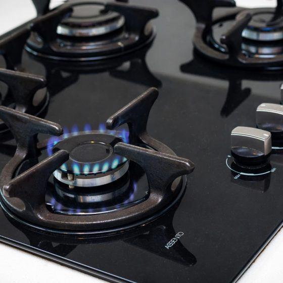 gas-stove-1776648_1920