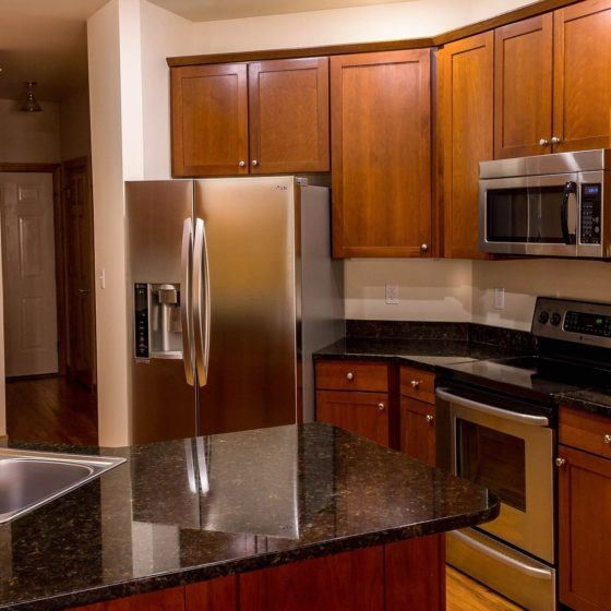 kitchen-670247_1920_square_crop
