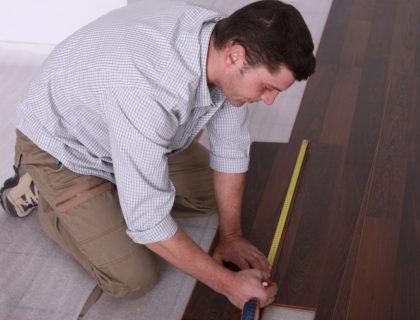 laminate_floor_flooring_install_installation_contractor_underlayment_subfloor_shutterstock_133678364