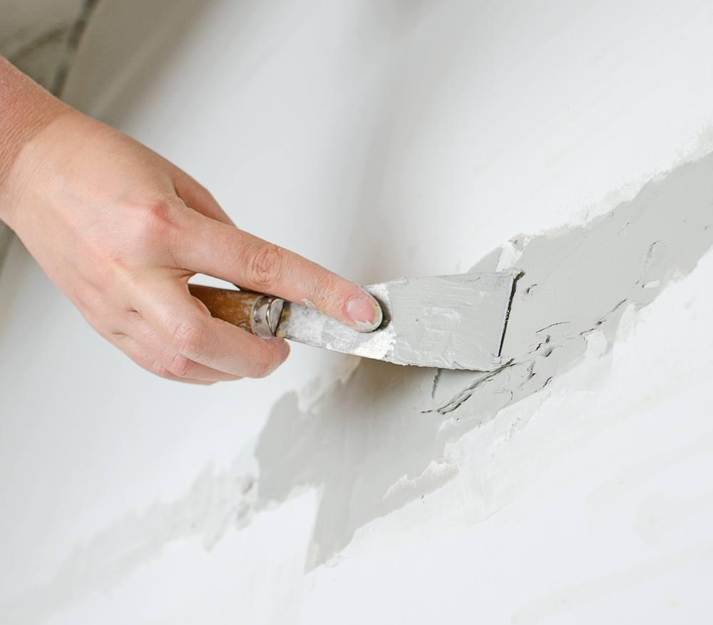cracks in sheetrock