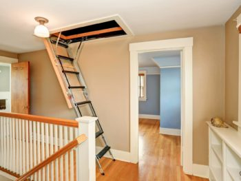 Pull down attic staircase