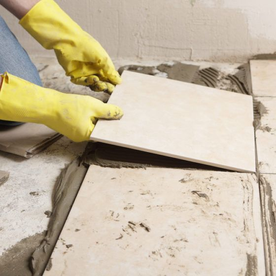 DIY_tile_tiling_floor_flooring_install_installation_renovate_renovation_remodel_remodelig_shutterstock_44589280