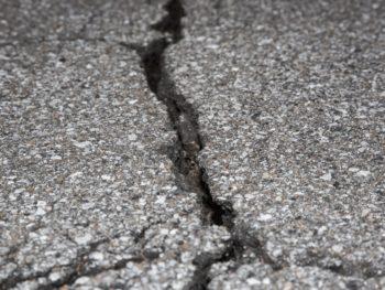 cracks in concrete patio slabs