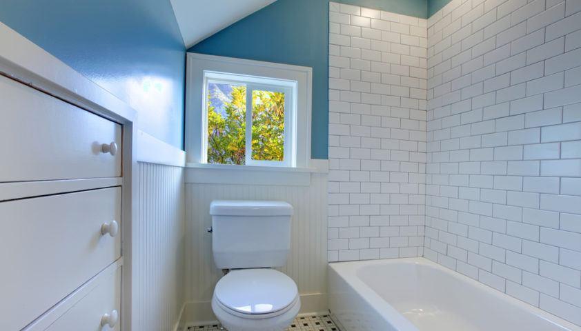 bathroom tile toilet bathtub_small_shutterstock_88884151