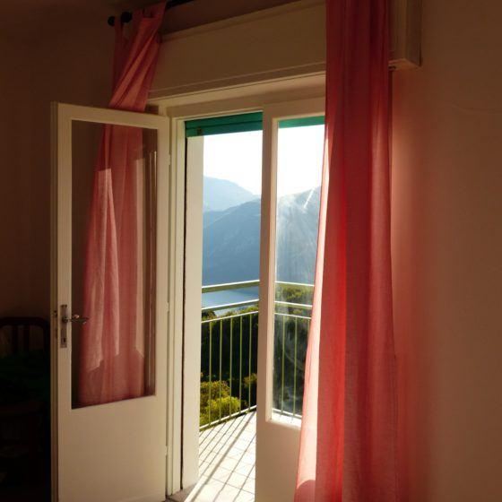 bedroom-357661_1920