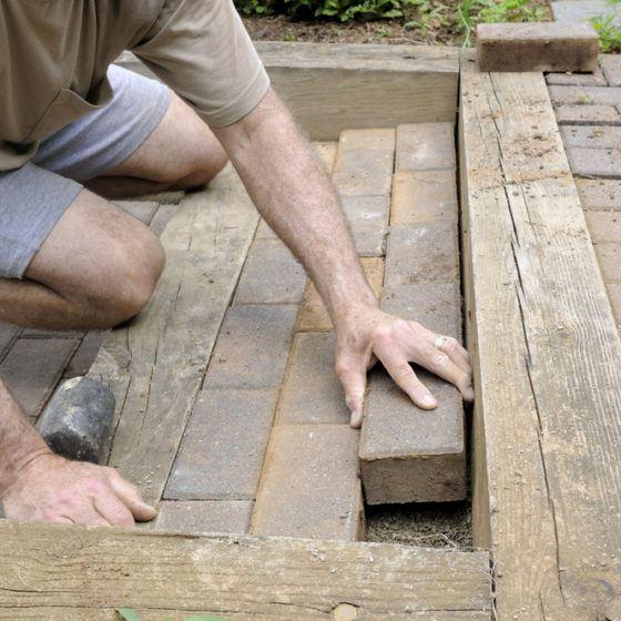 build_install_paver_brick_patio_shutterstock_146125211