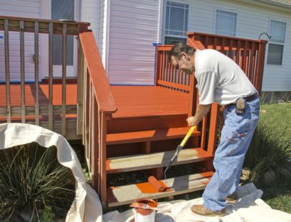 deck_paint_painting_stain_staining_shutterstock_86877382