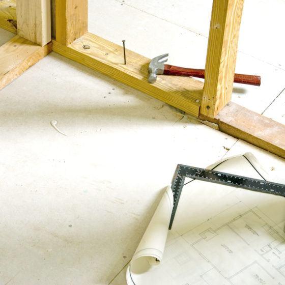 framing_construction_building_renovate_renovation_remodeling_frame_wall_shutterstock_29946511