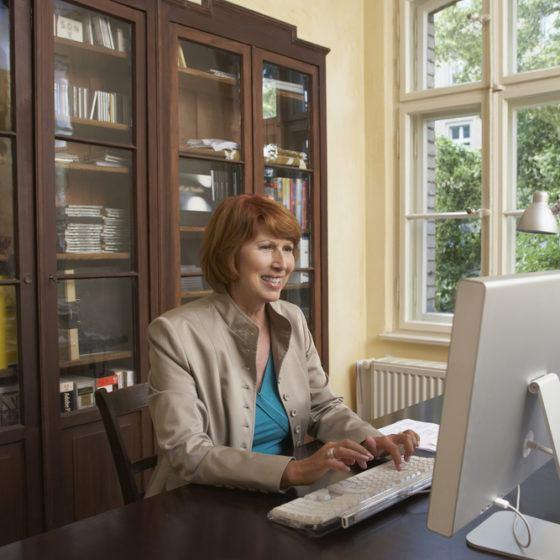 home_office_desk_shutterstock_146034947
