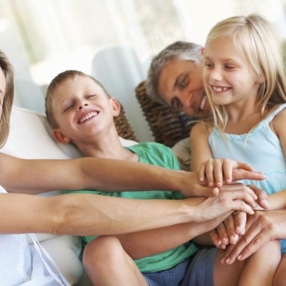 iStock_000017507571Large_family_kids_happy