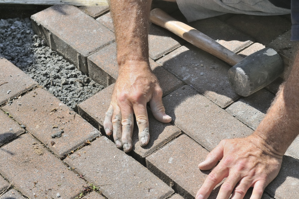 patio ideas, pavers