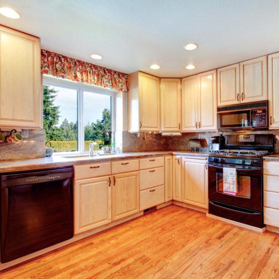 kitchen_cabinets_light_wood_wooden_shutterstock_172868936