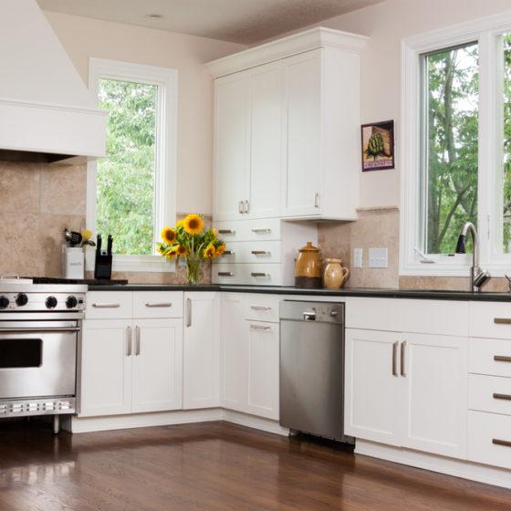 kitchen_shutterstock_143613391
