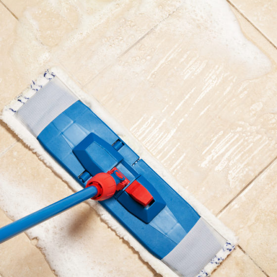 kitchen_tile_floor_cleaning_mop_shutterstock_103992365