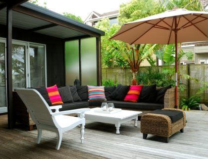 outdoors_outdoor_living_outdoor_room_patio_furniture_shutterstock_25389427