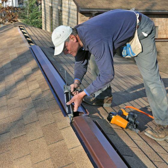 roof_attic_ventilation_ridge_vent_shutterstock_23070679