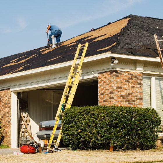 roof_roofing_asphalt_shingle_repair_replacement_new_roofer_remove_removal_shutterstock_134922203