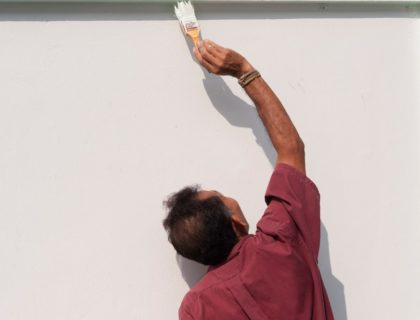 painting ceiling wall brush