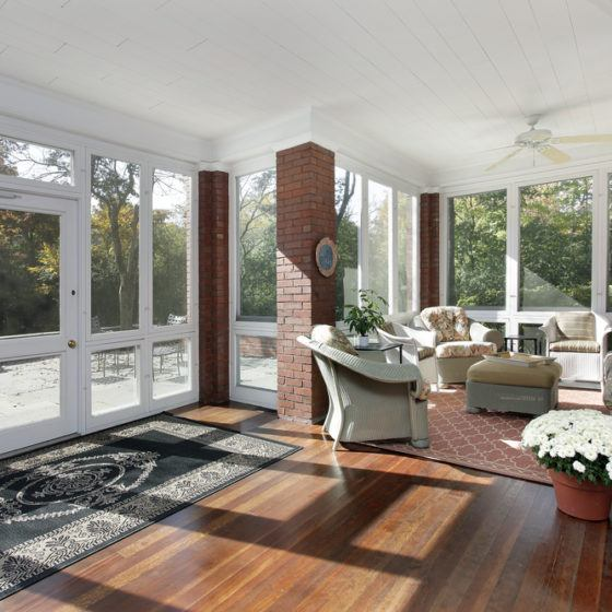 sunroom_sun_room_sunlight_windows_hardwood_wood_floor_flooring_shutterstock_81777499