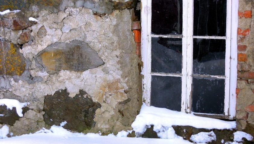 window-1225741_1920