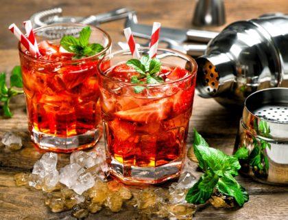 Holiday Drinks shutterstock_387100228