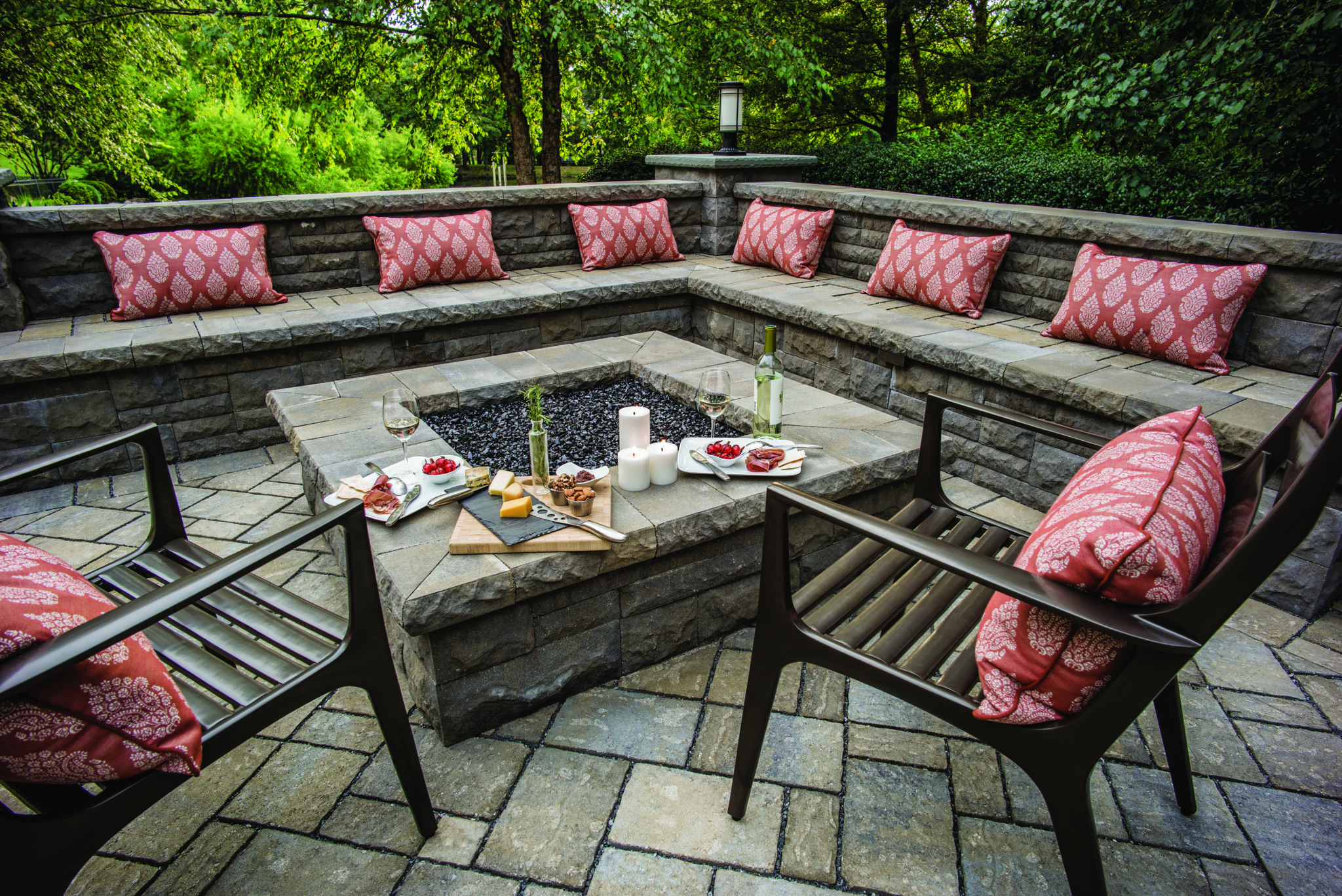 outdoor fire pit, outdoor seating