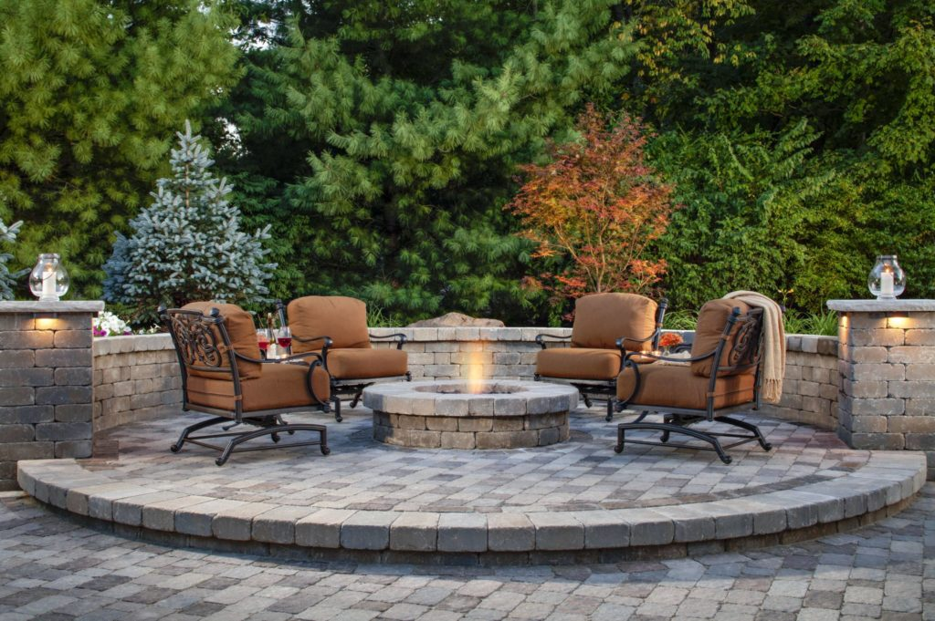 outdoor fire pit, patio decor
