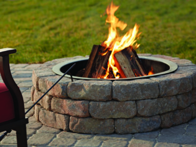 outdoor fire pit, gas vs wood fire pit