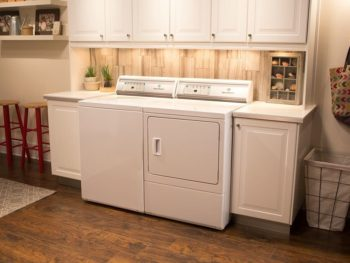 convert spare bedroom into laundry room