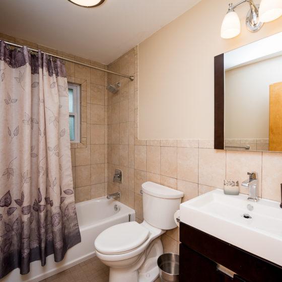Bath Remodel ay Naimo's Way