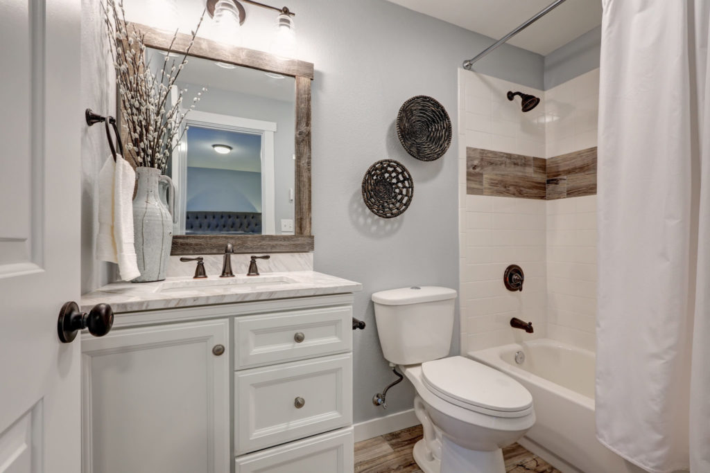 8 Tips For A Bathroom Remodel On A Budget The Money Pit