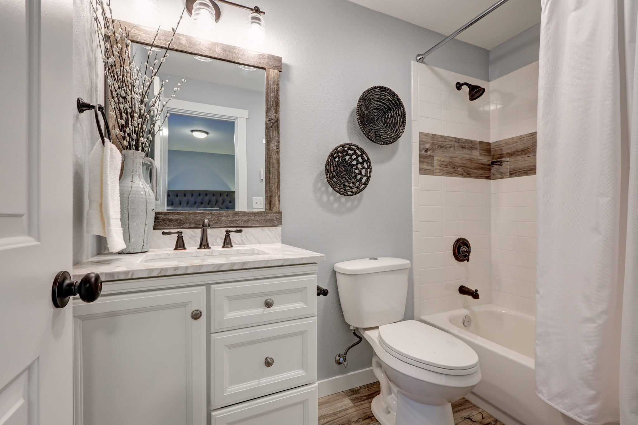 8 tips for a bathroom remodel on a budget the money pit Small bathroom remodel designs