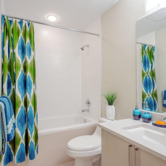 Interior design of a birght, spacious and elegant bathroom.