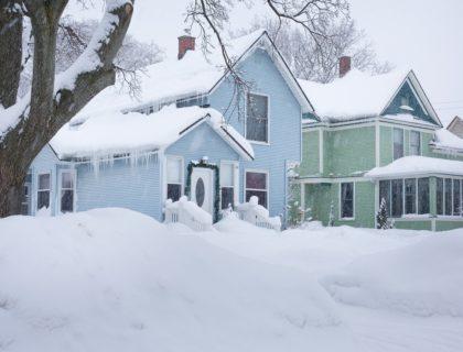 Snow,, House
