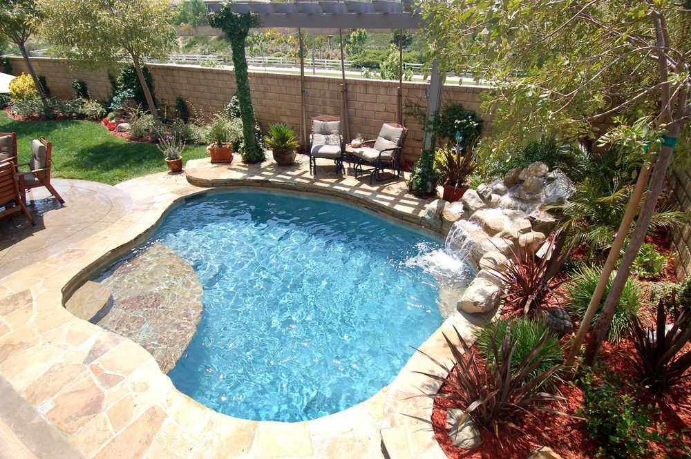Natural Swimming Pools Self Clean Without Chemicals The
