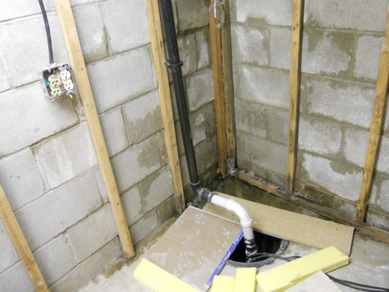 sewer gas from sump pump