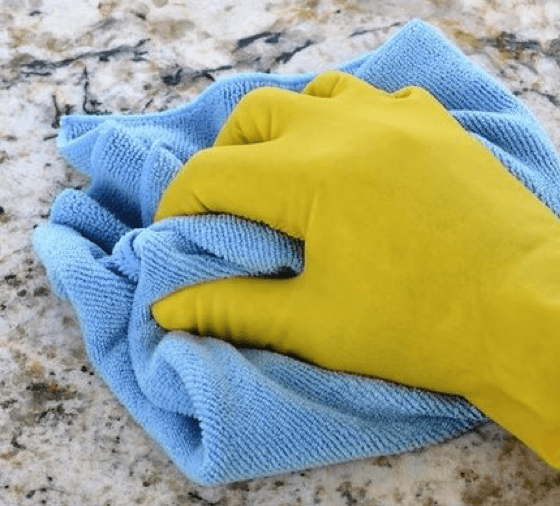 Cleaning Countertop2